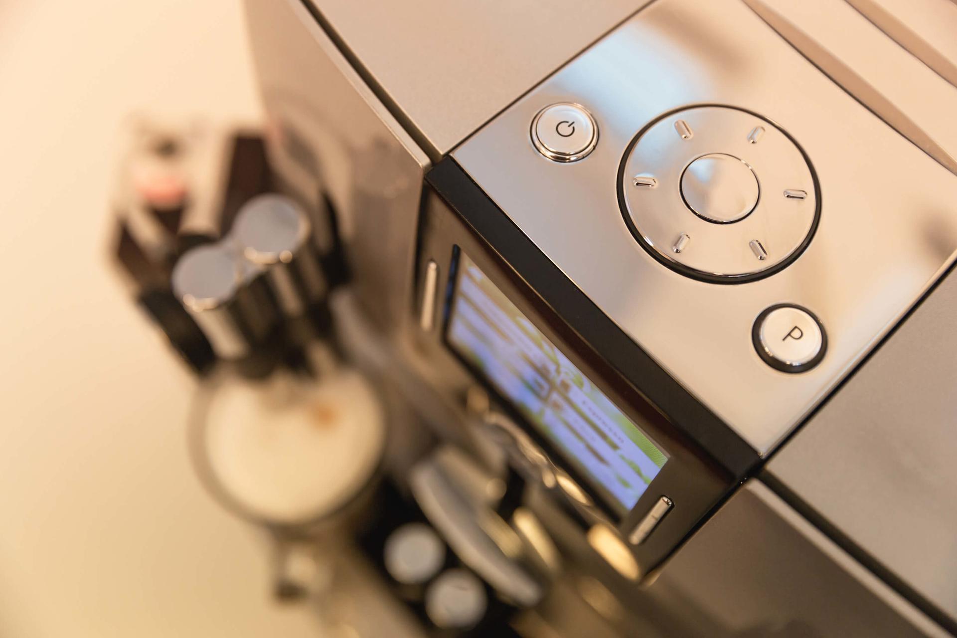 Servis a pravidelná údržba kávovarů Pardubice